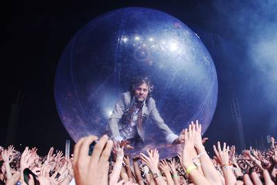 Watch The Flaming Lips Peform To Fans In Bubbles